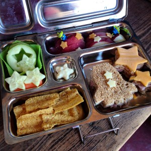 Space Bento from bunchesolunches.com