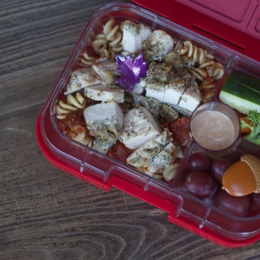 First Day of Fall Bento from bunchesolunches.com