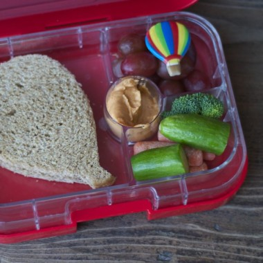 Balloon Fiesta Bento from bunchesolunches.com