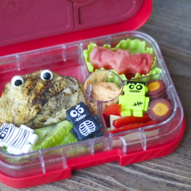 Monster Mash Bento from bunchesolunches.com