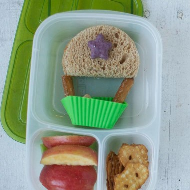 Hot Air Balloon Bento Lunch from bunchesolunches.com
