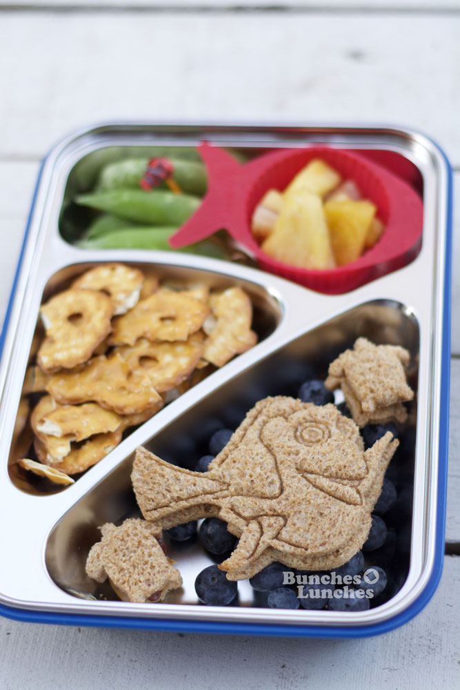 Finding Dory Lunch from bunchesolunches.com